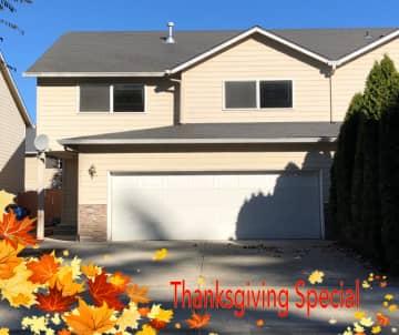 8500_Holiday-Special 181112.pg.jpg