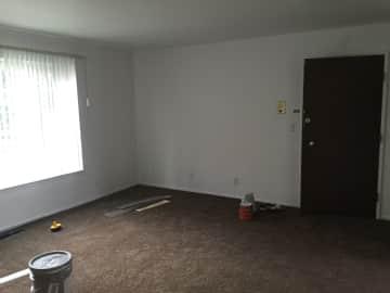 25312 Living room.JPG