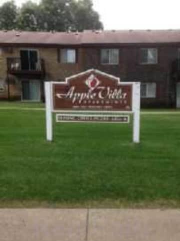 Welcome to Apple Villa Apts.
