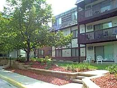 Bentonshire Apartments - Saint Cloud, Minnesota 56304