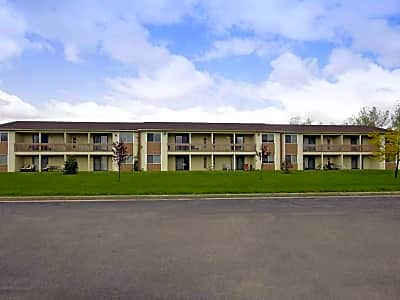 Colonie Apartments - Amherst, New York 14228