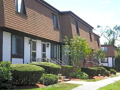 Acton Townhomes Apartments - Acton, Massachusetts 01720