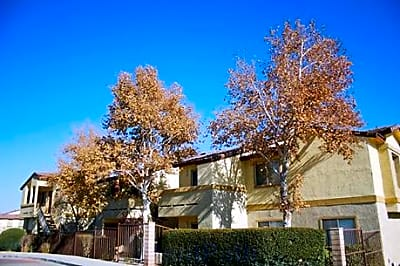 Desert Heights Apartments - Barstow, California 92311