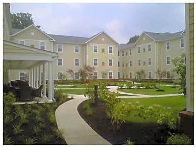 Lyons Ridge Apartments - Memphis, Tennessee 38109