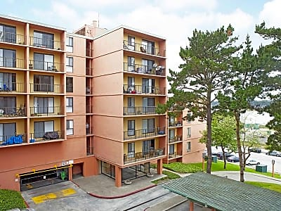 Lakewood Apartments At Lake Merced - San Francisco, California 94132