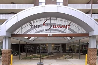 The Summit - Alexandria, Virginia 22304