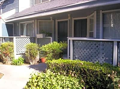 Cedar Streams Apartments - Riverside, California 92503