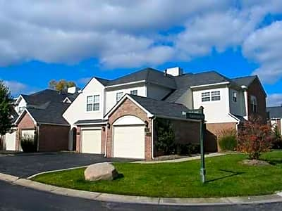 Briarcliff Village - Commerce Township, Michigan 48390