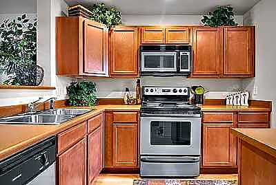 Arcadia Townhomes - Federal Way, Washington 98023