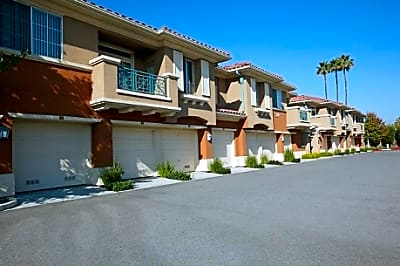 Villa Veneto at Palm Valley - San Jose, California 95123