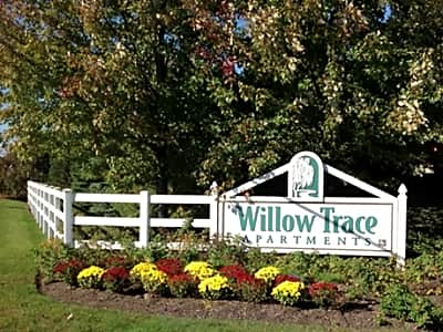 Willow Trace Apartments - Plainville, Massachusetts 02762