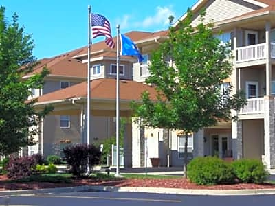 Brenwood Park Apartments - Franklin, Wisconsin 53132