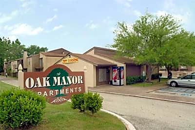 Oak Manor - Henderson, Texas