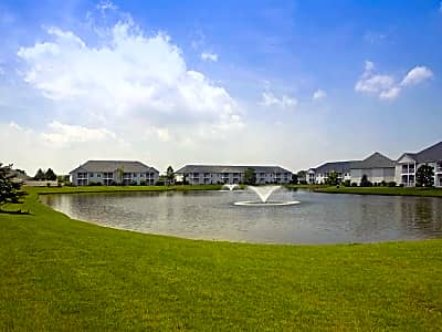 Lake Pointe Apartment Homes - Portage, Indiana 46368