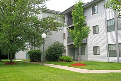 Arbor Glen Apartments - East Lansing, Michigan 48823