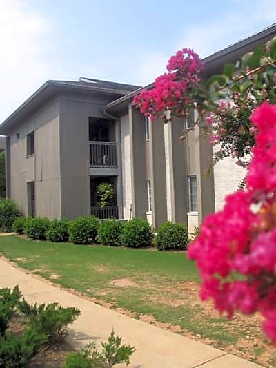 The Abbey at Wisteria Crest - Hoover, Alabama 35216