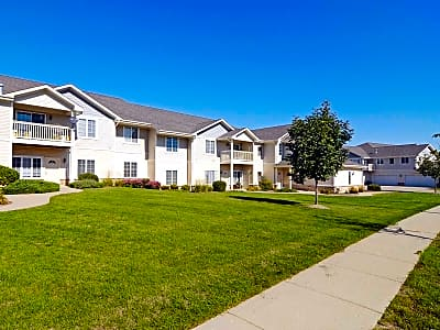 Southwind Prairie Apartment Homes - Lake Geneva, Wisconsin