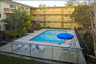 Surfside Palms Apartments - Alameda, California 94501