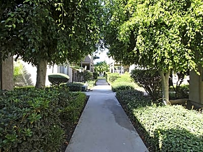 Shangri la Apartments - Anaheim, California 92804