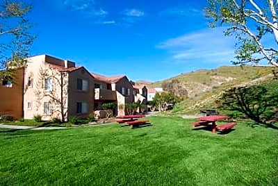 Sand Canyon Villas & Townhomes - Canyon Country, California 91387