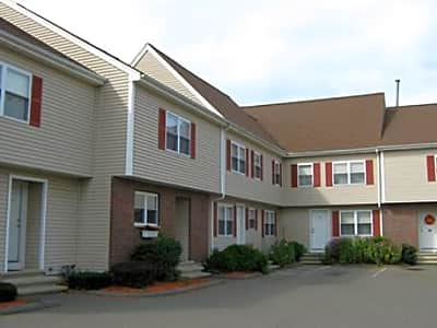 Spring Meadows Apartments - Danvers, Massachusetts 01923