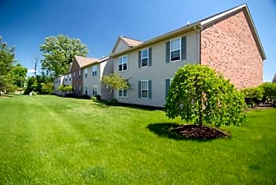 Bear Pointe Apartments - Powell, Ohio 43065