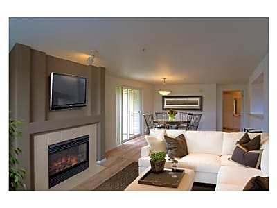 North Ridge Apartment Homes - Portland, Oregon 97229