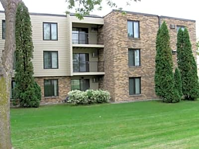 Broadway Apartments - Fergus Falls, Minnesota