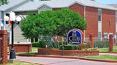 Spring Lake Apartments Haltom City Reviews