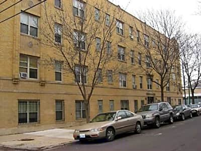 4756 North Maplewood Apartments - Chicago, Illinois 60625