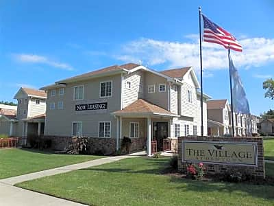 The Village At Old Town S W 8th Street Topeka Ks Apartments For Rent