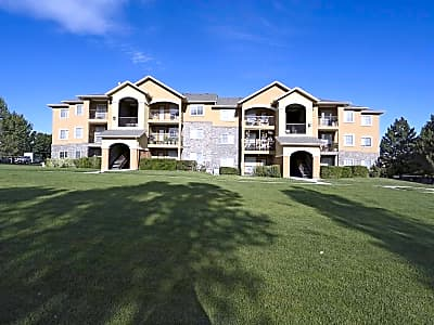Legends at River Oaks - Sandy, Utah 84070
