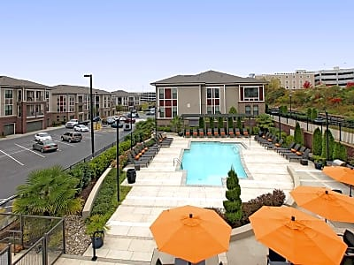 Junction 1504: Apartments - Charlotte, North Carolina 28203