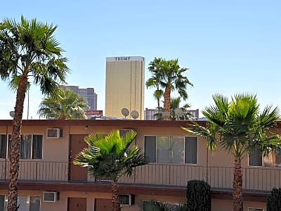 Wyandotte Apartments - Las Vegas, Nevada 89102