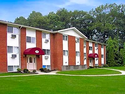Sunset Garden Apartments - Kingston, New York