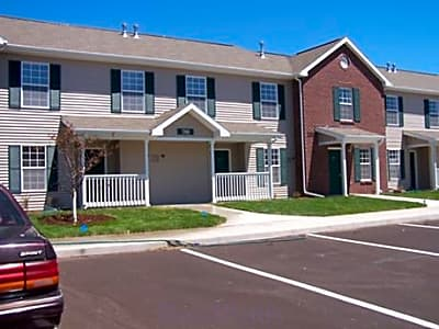 Willow Grove Townhouses - Escanaba, Michigan