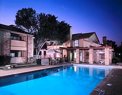 Oak Creek Apartment Homes - Bedford, Texas 76022