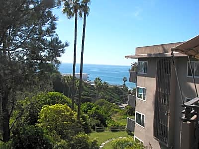 Casas By The Sea - San Diego, California 92109