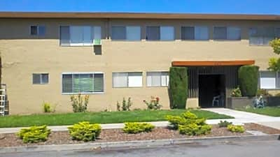 Elm Street Apartments - San Jose, California 95126