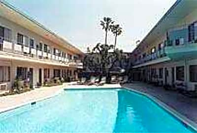 Zelzah Apartments - Northridge, California 91325
