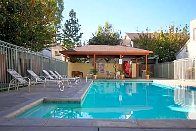 Villa del Sol Apartments - Chatsworth, California 91311