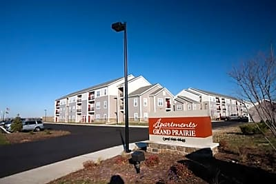 The Apartments at Grand Prairie - Peoria, Illinois 61615