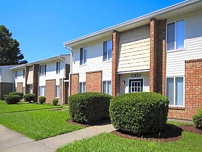 The Village At Stoneybrook - Newport News, Virginia 23608