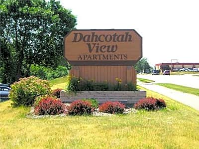 Dahcotah View Apartments - Burnsville, Minnesota 55337