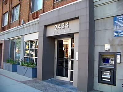 2424 North Clark - Chicago, Illinois 60614