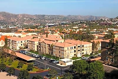 FountainGlen at Anaheim Hills Senior Community - Anaheim, California 92808