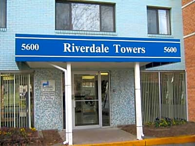 Riverdale Towers - Riverdale, Maryland 20737