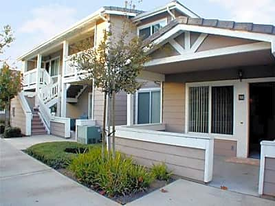 Vintage Terrace - Corona, California 92881