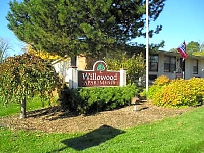 Willowood - Lansing, Michigan 48911