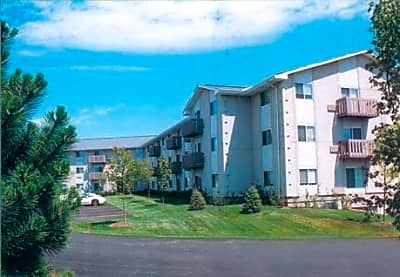 Prairie Landing Apartments - Sharon, Wisconsin